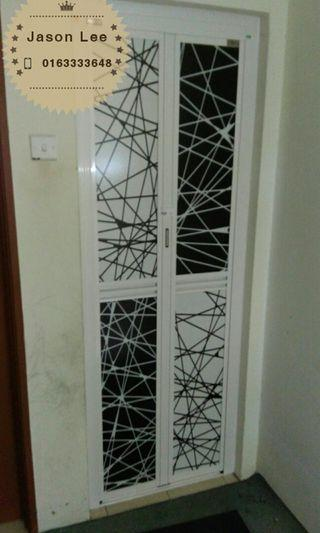 bifold door(pintu lipat aluminium)n1923