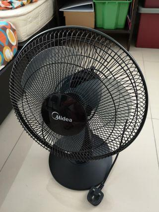 Midea Table Fan