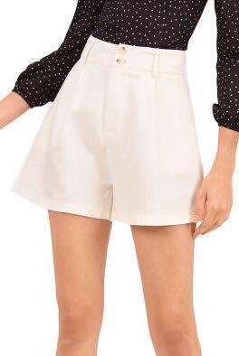 BNWT Doublewoot Dojurtima Pants (Off White) Shorts