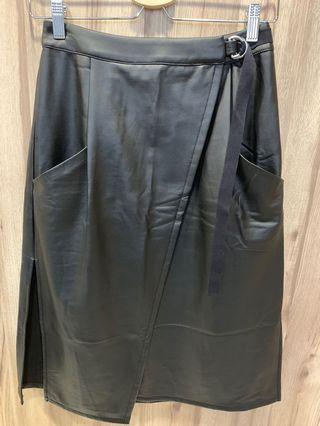 🚚 Leather Skirt