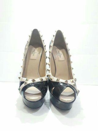 Shoes Valentino Garvani