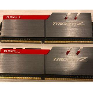 G.SKILL Trident Z F4-4266C19D-16GTZA (8 GB x 2) 4266MHz
