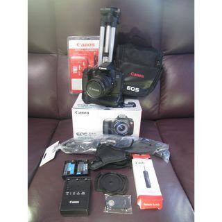 半專業相機 CANON  9成9新 60D 行貨(有盒) +入門鏡18-55 $3200