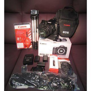 半專業相機 CANON  9成9新 70D 行貨(有盒)行貨18-55 $4000 送大量配件