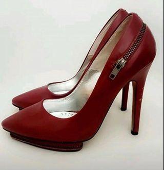 Betts Dark Red Heels