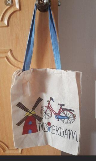 🚚 Amsterdam Tote Bag