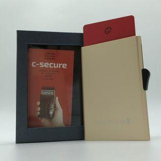 🚚 C-Secure Aluminium RFID cardholder (color: Champagne Gold) with Singapore Airlines (PPS Club) logo