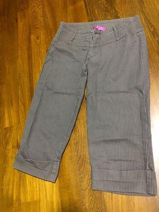 🚚 3/4 Pants