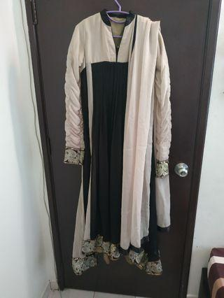 Long maxi with long scarf
