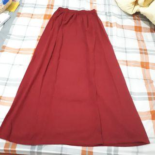 Rok Panjang model A warna merah