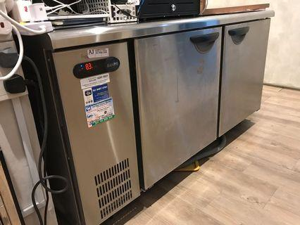 🚚 2 doors counter chiller stainless steel