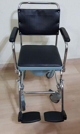 🚚 WTS NEW 3 in 1 commode & shower chair
