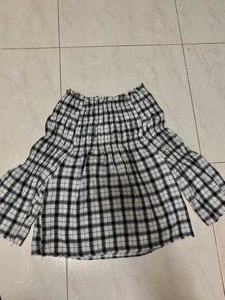 🚚 Female Checkered Off-Shoulder Top