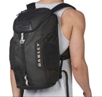 Last piece left. Oakley Link Backpack - Brand New