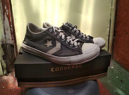 Converse second starplayer size 40 not vans, not jv