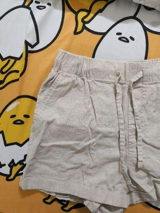 🌟uniqlo linen cotton relaxed shorts (beige)