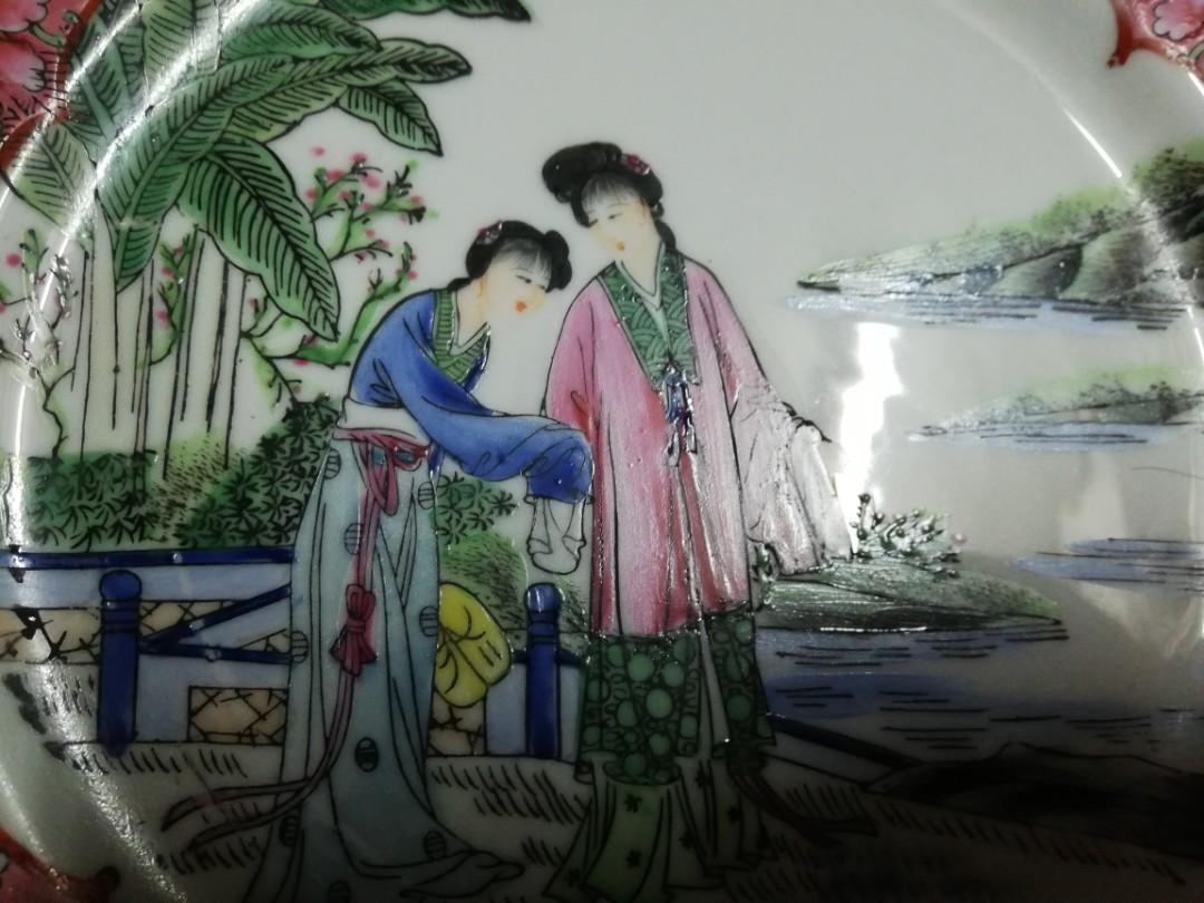 70-80年代 粉彩 仕女人物 瓷碟a