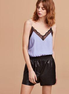 Aritzia Wilfred Agyness Camisole - periwinkle top with lace trim size M