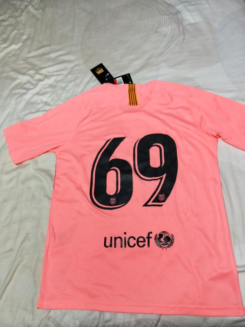 check out fdbb6 b8239 Barcelona 3rd Kit Jersey Pink Away Brand New Never Worn ...