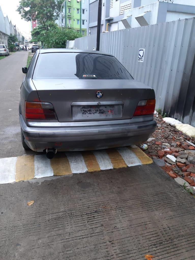 #BAPAU JUAL CEPAT BMW E36 (318i)