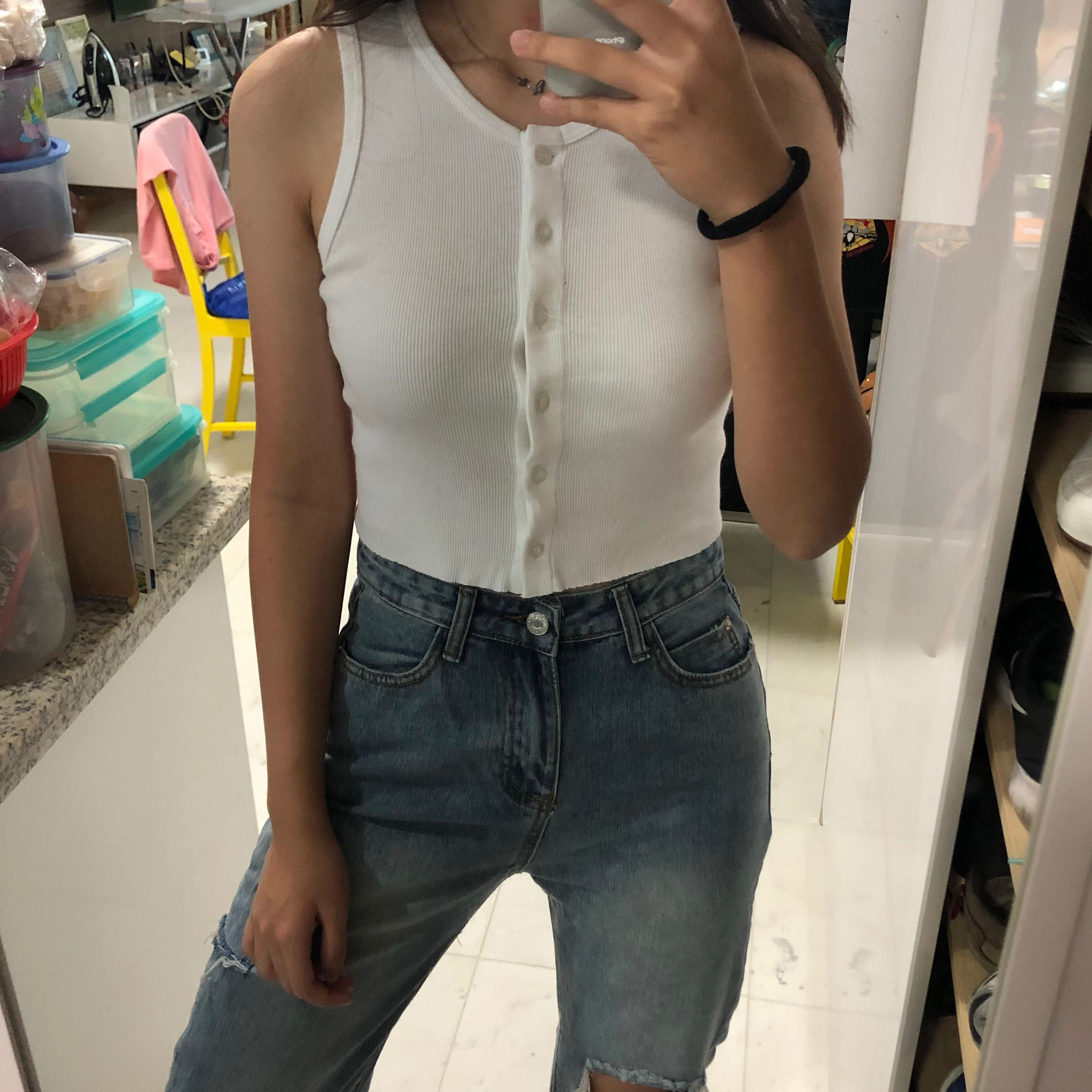 69c0122d bnwt brandy melville ribbed button up tank top, Women's Fashion ...