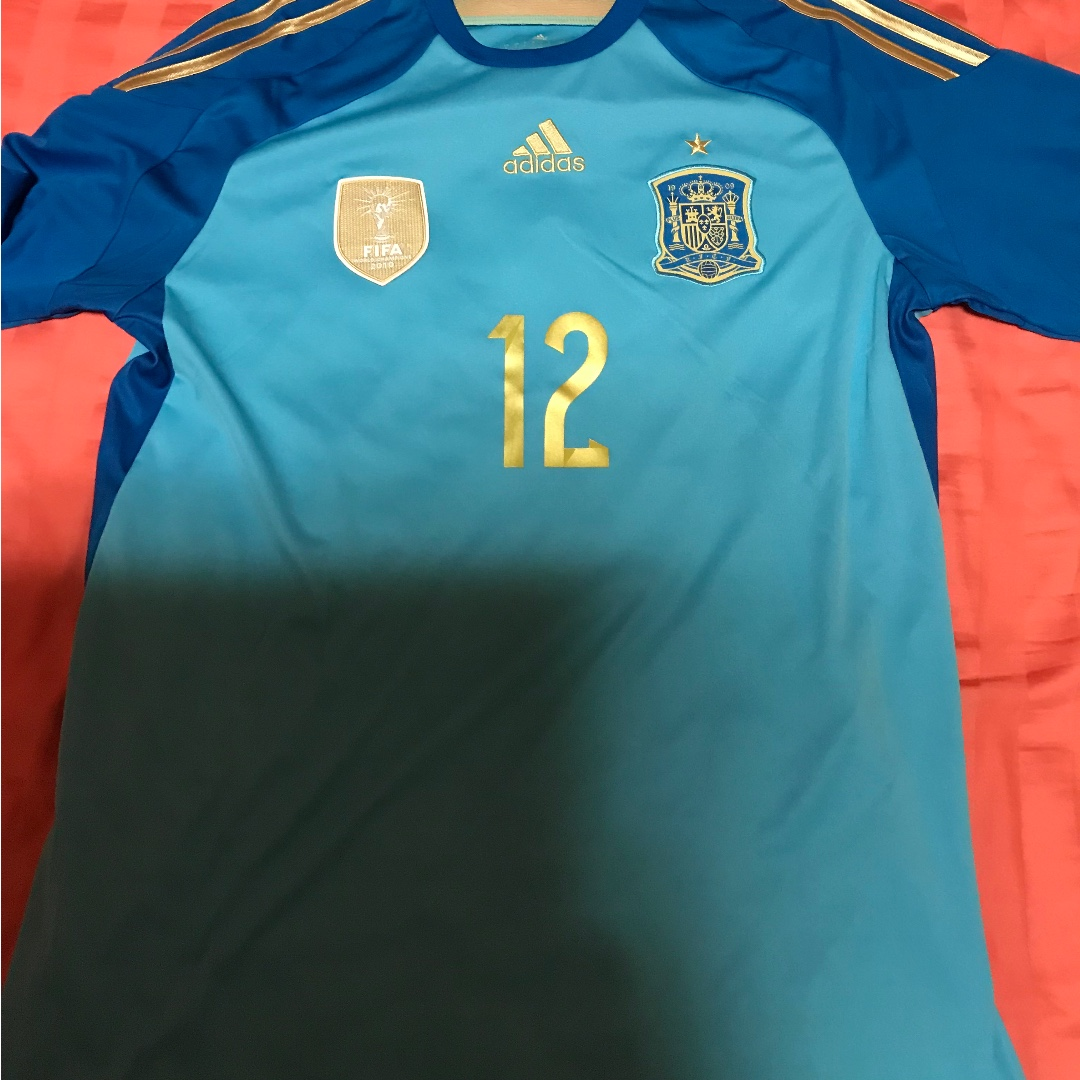 pretty nice a47a8 d675f Brand new without tags spain 2014 goalkeeper jersey size large david de gea