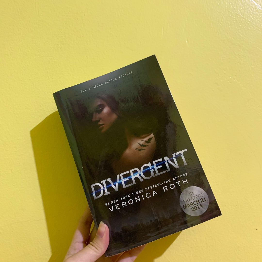 Divergent by Veronica Roth Novel