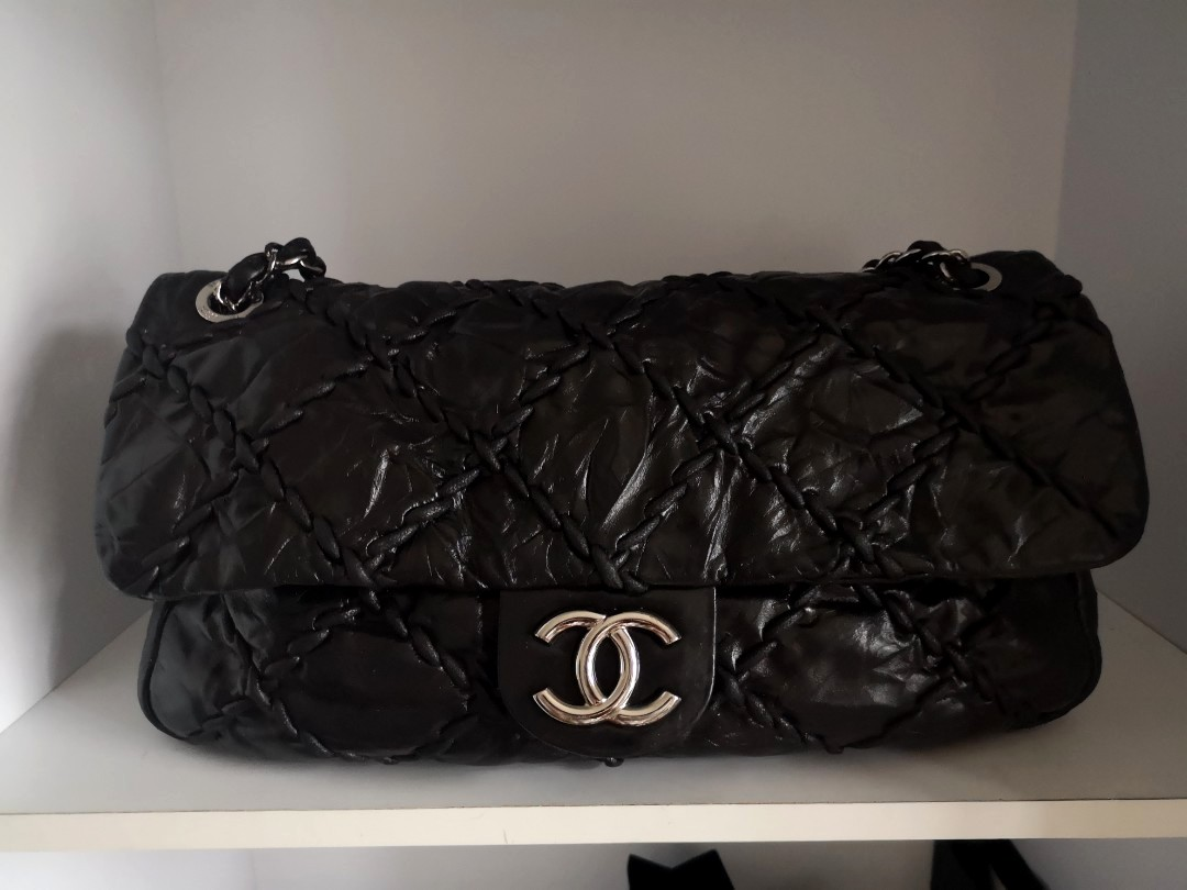 89a1a73a2bf5 Fast deal $1800! Authentic Chanel Flap, Luxury, Bags & Wallets ...
