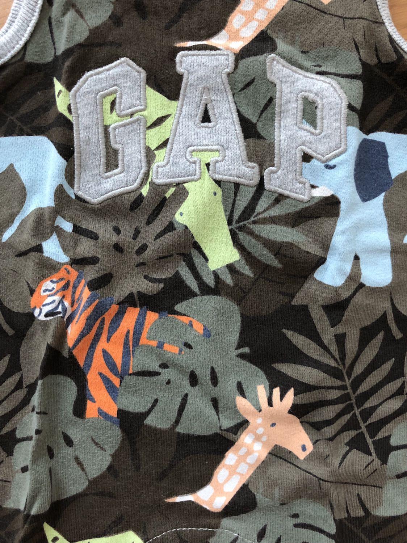 Gap baby romper size 0-3m