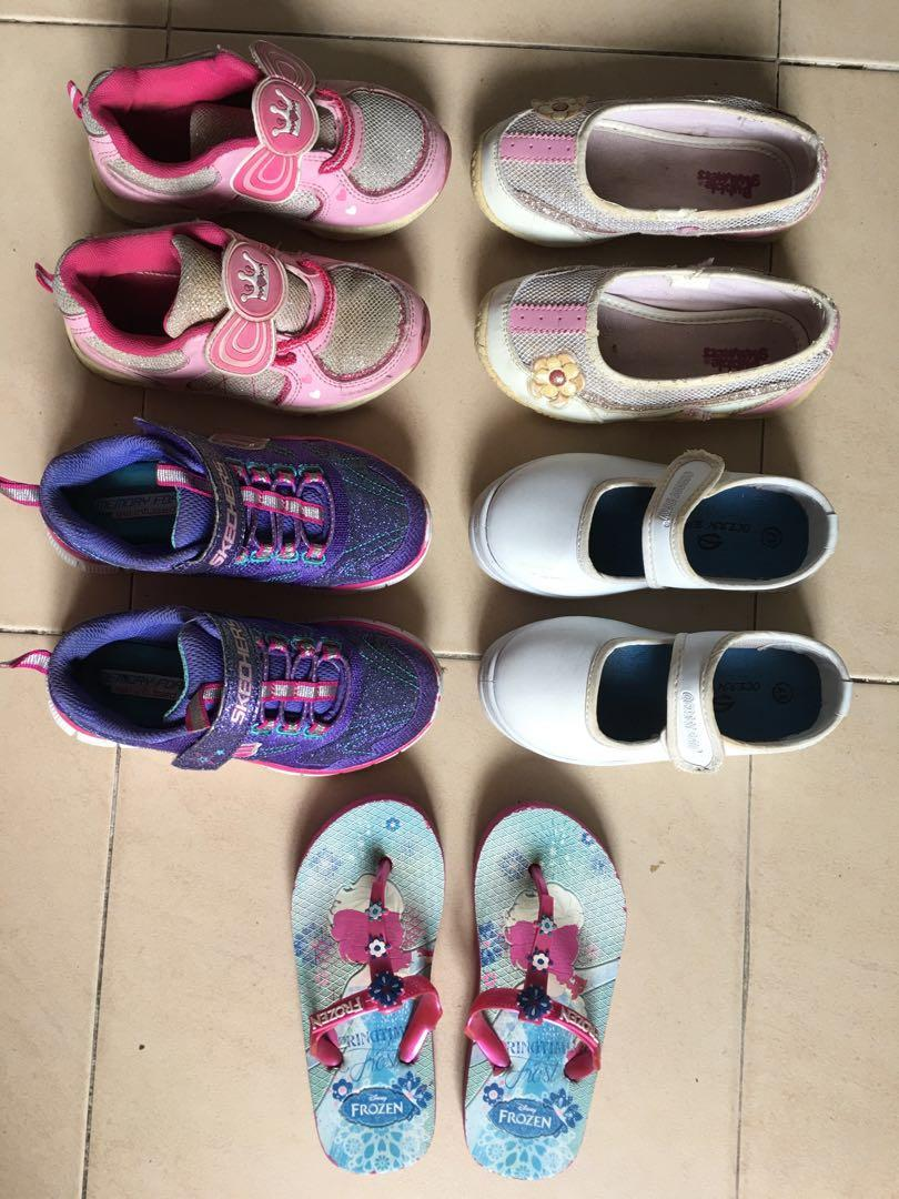 Girls Shoes 5 for,,.. 35$