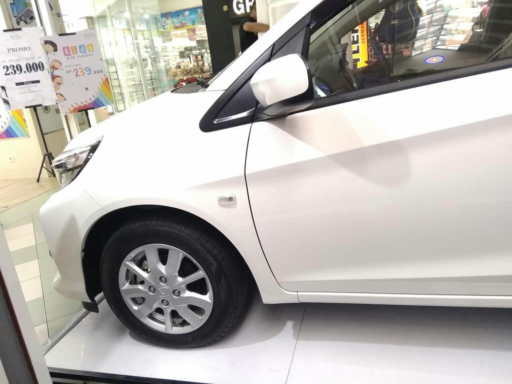 Honda brio satya,
