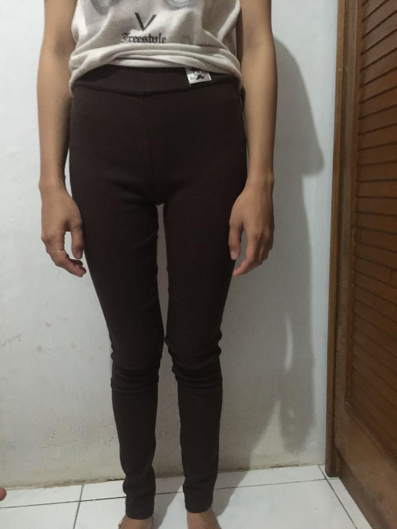 jegging jeans (coklat?