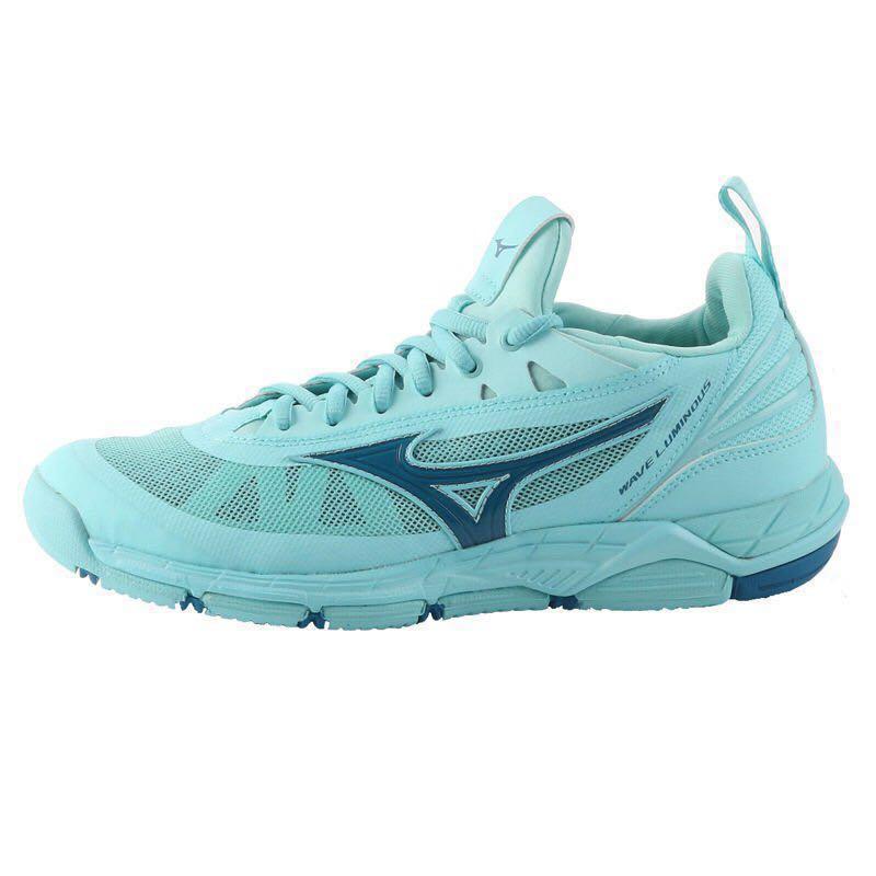 save off 71a2e 29861 Mizuno Wave Luminous Badminton Shoes, Sports, Sports Apparel on Carousell