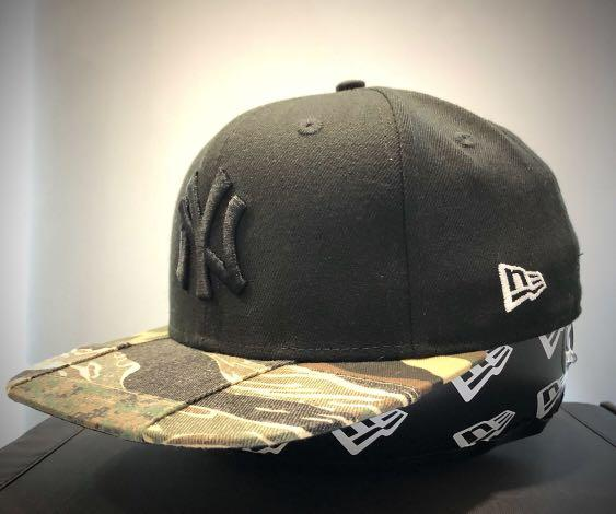 New Era  Cap  9FIFTY🔥EXCLUSIVE 🔥NEW YORK YANKEES MIX CAMO  SNAPBACK  MADE ME A OFFER      💯% authentic & brand-New    Size adjustable  FREE  Cap Care spray  Deodorant Antibacterial spray capacity 30ml