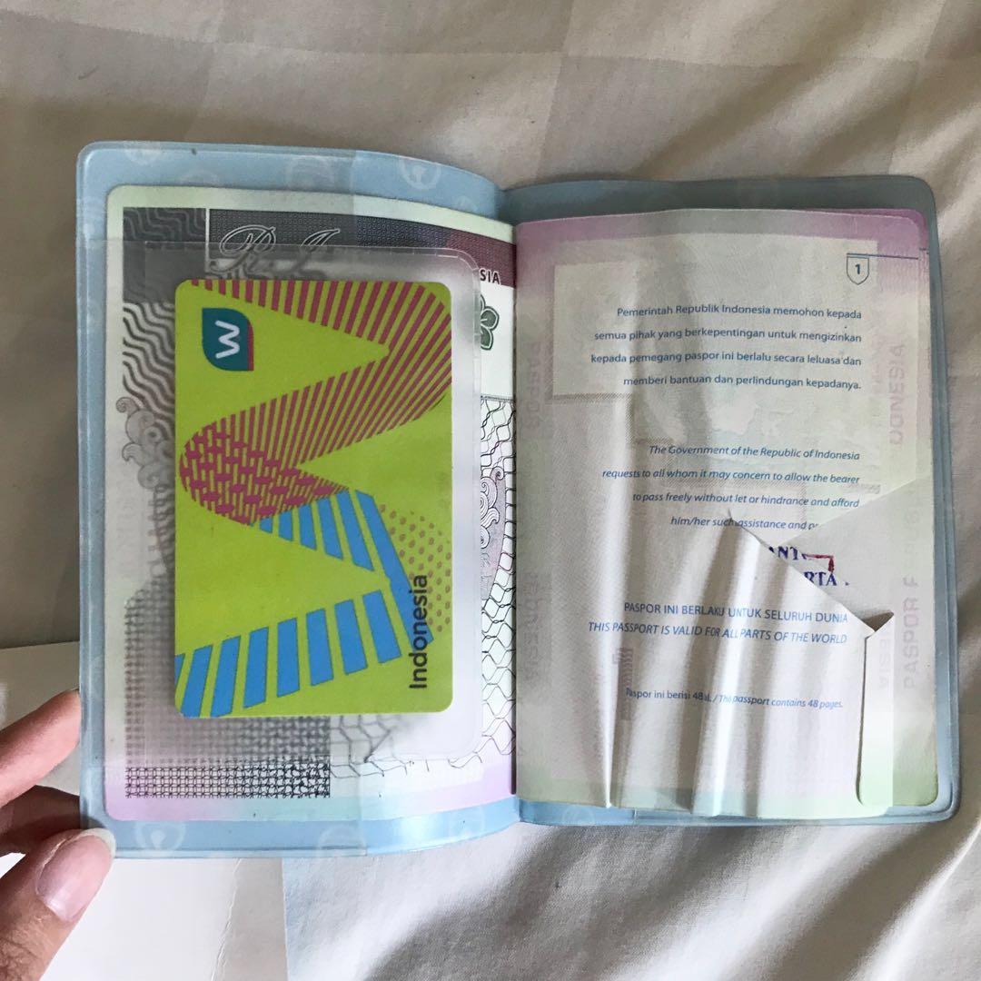 NEW Passport Holder Case Doraemon