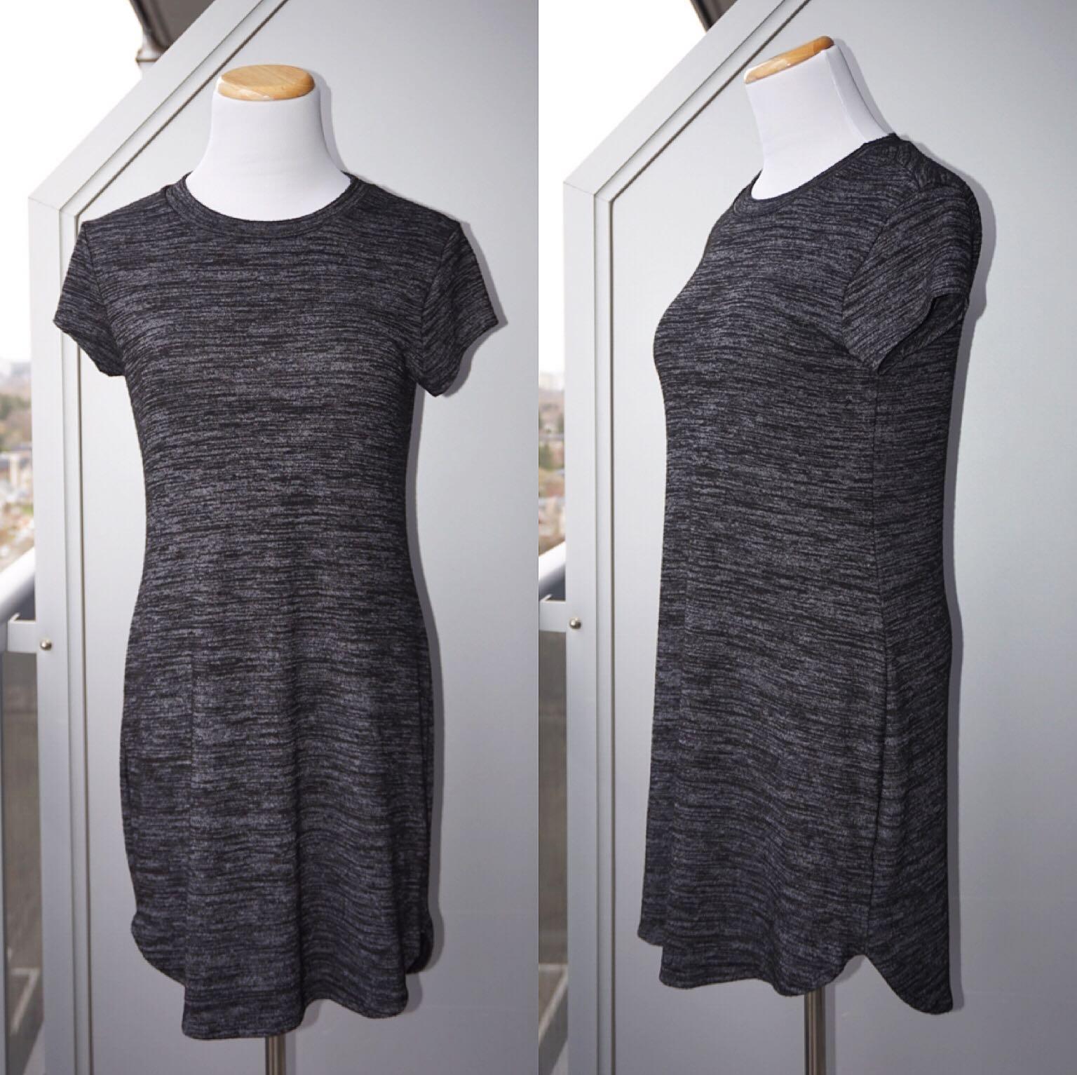 *NWOT* Ripe t-shirt Dress in charcoal Women Size S