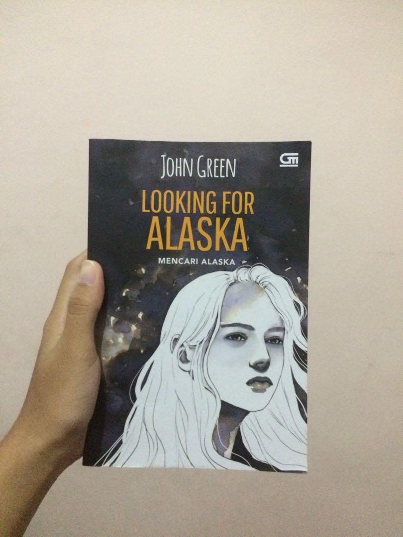 preloved novel looking for alaska john green