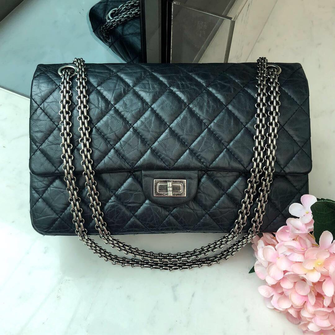 78ba42c11bcd ✖️SOLD!✖ Super super good deal! Chanel 2.55 Reissue 226 Flap in ...
