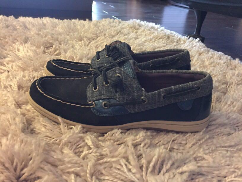 Sperry Shoes - size 8.5 women