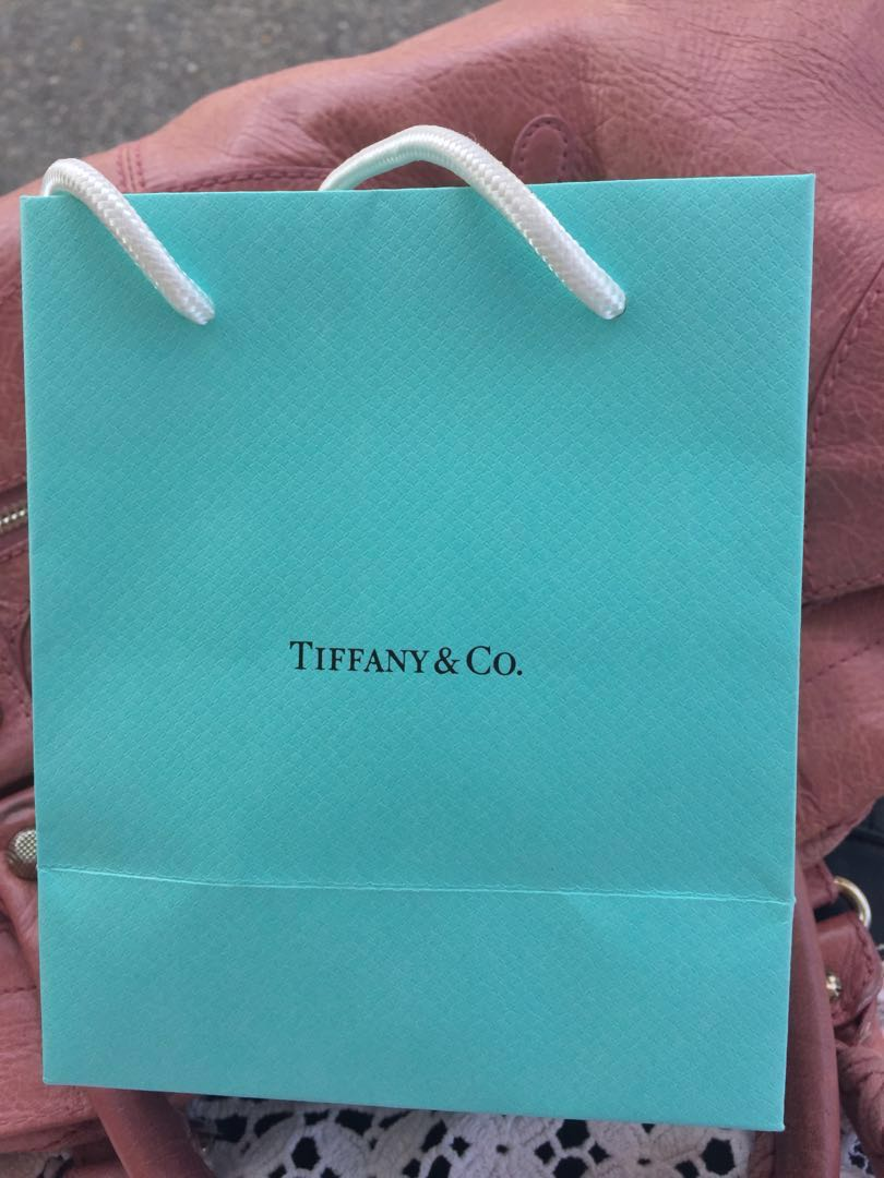 6ed4edd3c Tiffany & Co necklace, Women's Fashion, Jewellery, Necklaces on Carousell