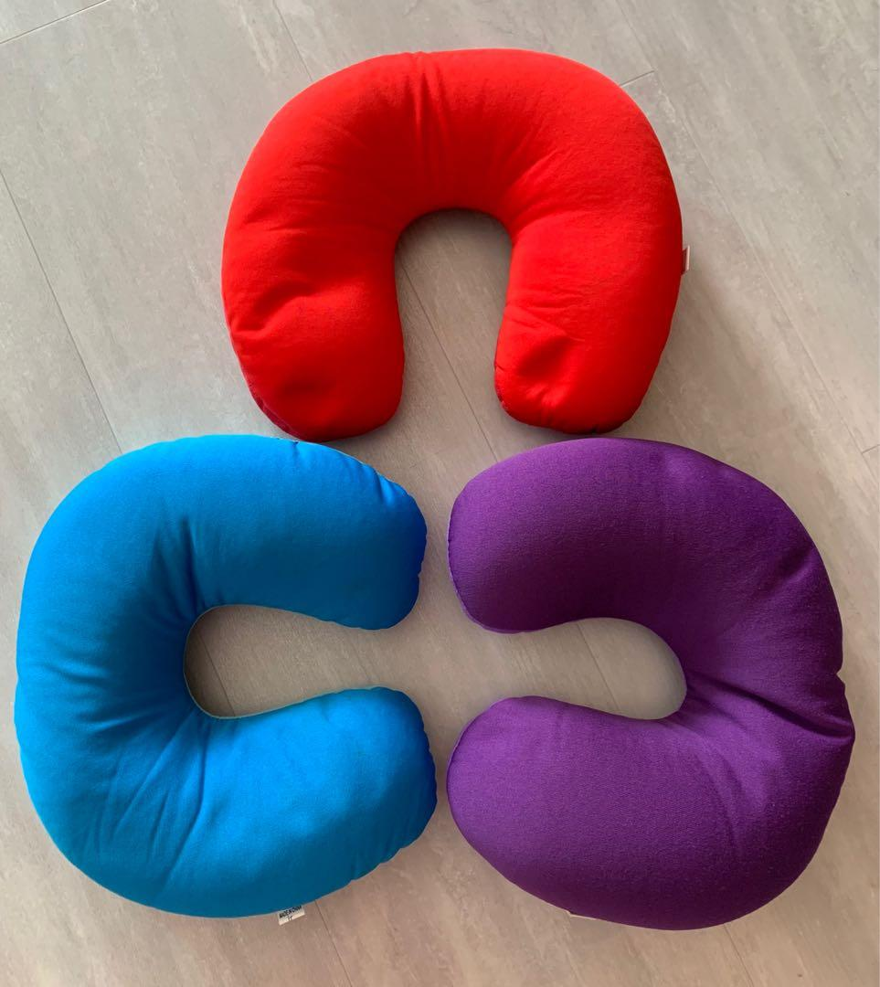 Travel Neck Pillow - Red / Blue / Purple
