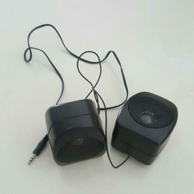 🚉 1 Pair Speakers