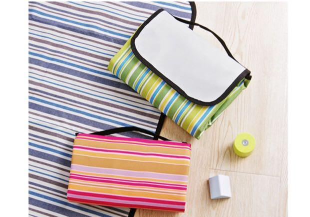 Water proof picnic mat or children playing mat
