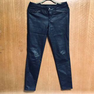 GUESS black leather look jeans