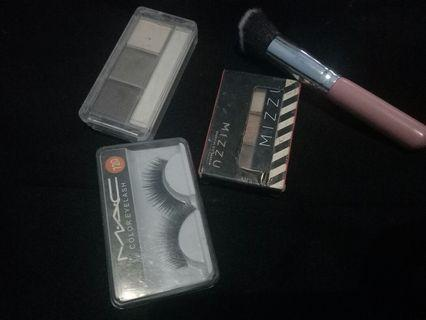 Mizzu eyeshadow, catrice eyebrow powder kit, brush pink, dan bulu mata palsu