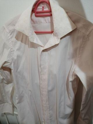 Textured Shirt in Very Light Pink
