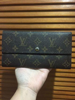 LV mirror wallet