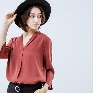🚚 Queen shop藕紅棕氣質V領開襟七分袖上衣