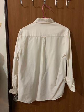 曼谷購入白襯衫