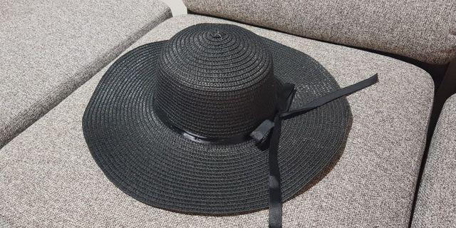 🚚 Beach Hat Black